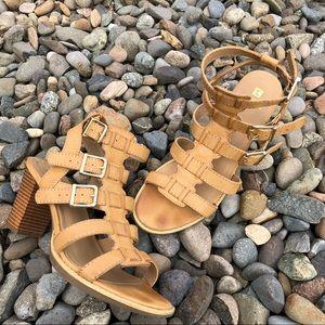 White Mountain Gemmy natural sandal 8